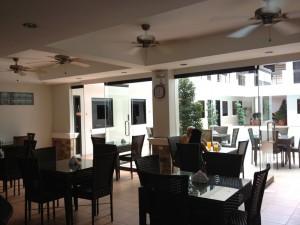 Hotel-Bar-011